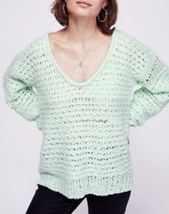 FREE PEOPLE SEAMIST PULLOVER SWEATER SZ M NWT